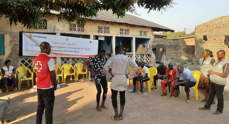 Group dialogue with returned migrants in the Guinean Red Cross' AMiRA project